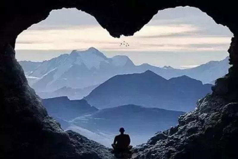 Ein55 Newsletter No 066 - image - Cave